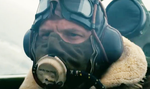 1500285732-dunkirk-trailer-shows-tom-hardy-as-an-raf-pilot-924704
