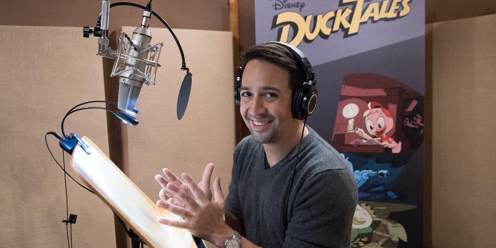 Lin-Manuel Miranda in studio di registrazione.